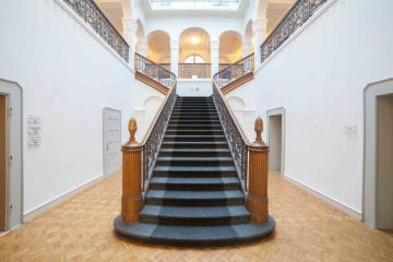 Treppenhaus Kanzlei Angela Baumeister