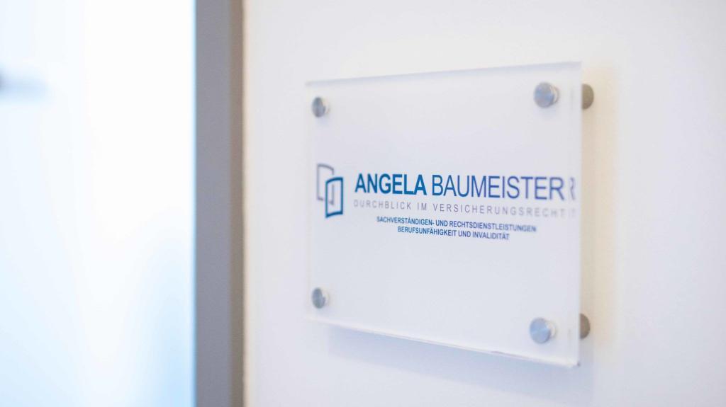 Versicherungsberater Angela Baumeister